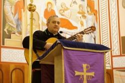 Священник-поэт из Гродно выпустил медиа-альбом [видео]