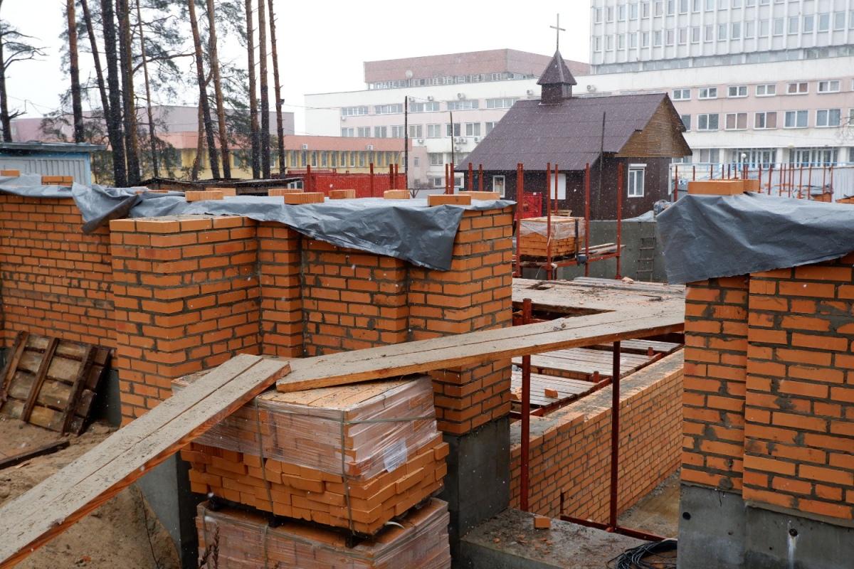 Фотофакт: в Гомеле продолжается строительство второго в городе костела