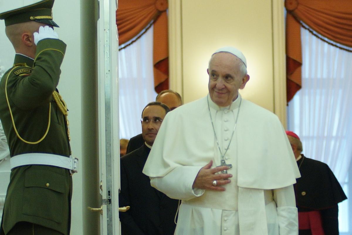 Папа Франциск и белорусы в Литве - фотоотчет