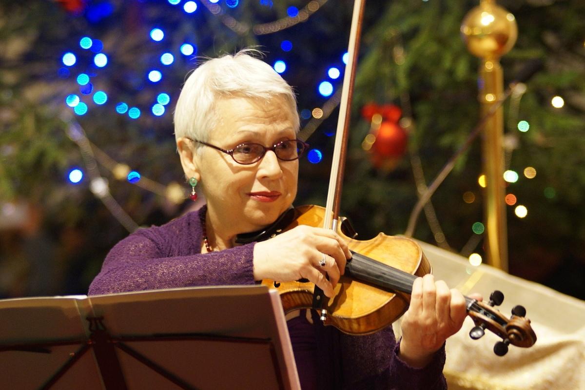 Рождественский концерт в гомельском костеле прошел при небывалом аншлаге - ФОТО